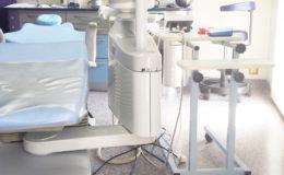 Taches noires sur les dents : quelles sont leurs causes ?